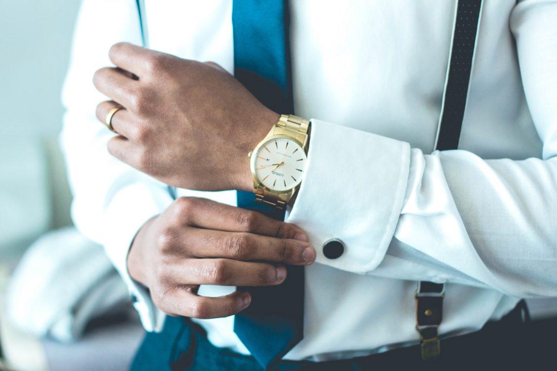 Mit Business Hemden perfekt gekleidet
