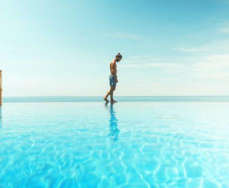 Fit für den Sommer: So werden Männer überflüssige Pfunde los